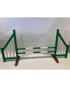 Verde de obstáculos (abierto) completo con dos vigas de salto y 4 soportes de suspensión