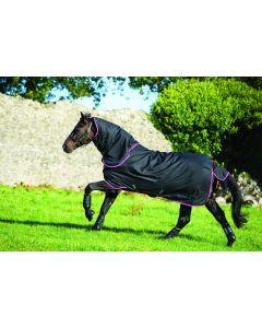 Manta Hero 6 Plus Medium 200 g de Horseware Amigo